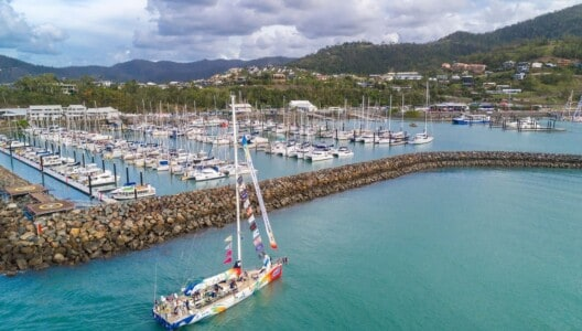 Clipper Round the World Yacht Race vessel arriving into Coral Sea Marina