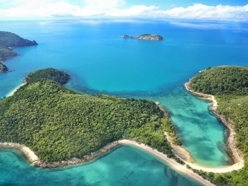 Aerial image of the Whitsunday Islands