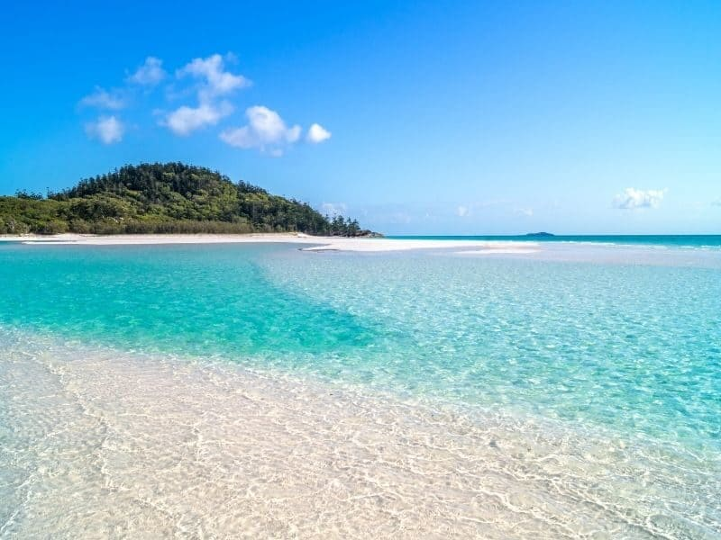 Hill Inlet's swirling sands at Whitehaven Beach on Whitsunday Island
