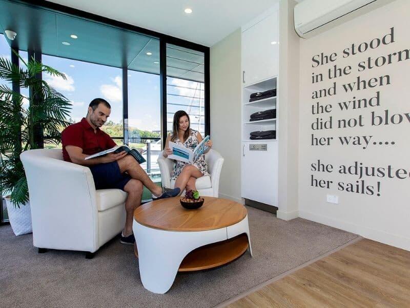 Guest Business Centre furniture